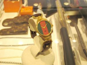 グッチ 腕時計 6000L